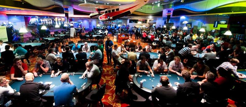 Live Poker Guide